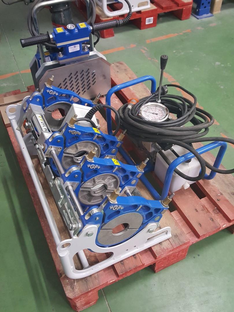 TM160 - machine à souder les tubes plastiques bout à bout +GF+ TM160 jusque Ø160