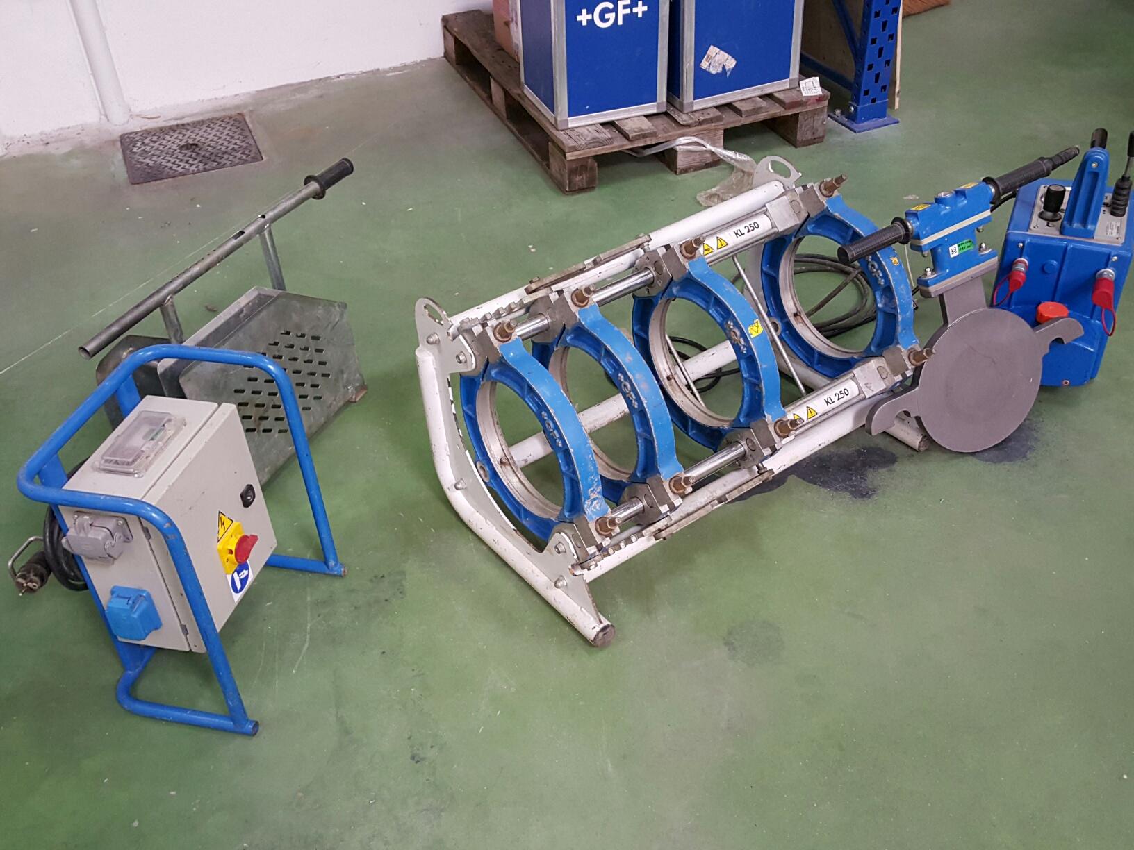 machine à souder les tubes plastiques bout à bout +GF+ TM160 jusque Ø160